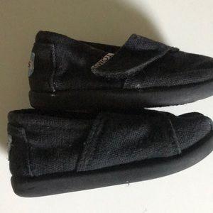 "Toms Shoes - Tom's black ""Tiny Toms""T4 child's Classic shoe"